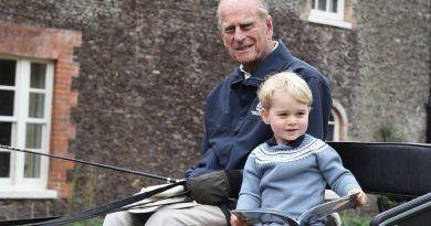 """La tierna foto y el mensaje del príncipe William por la muerte de Felipe de Edimburgo: """"Extrañaré a mi abuelito"""""""