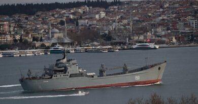 Crece el despliegue militar por Ucrania: Rusia envió 15 buques al Mar Negro, EEUU sumará tropas en Alemania y el Reino Unido moviliza aviones